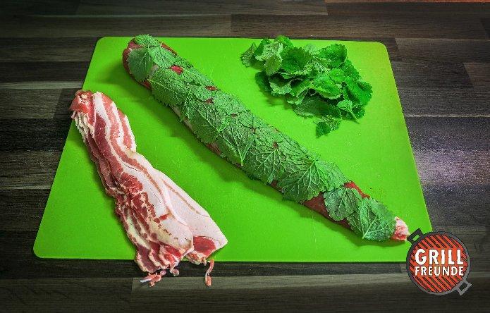 Schweinefilet im Zitronenmelissen-Bacon-Mantel